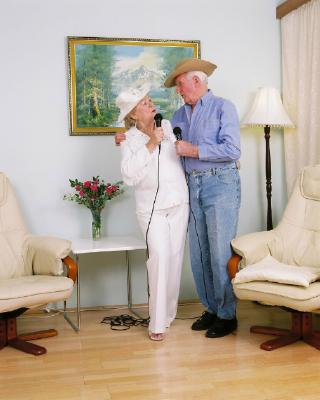 Western Karaoke Singers, Rita and Peter